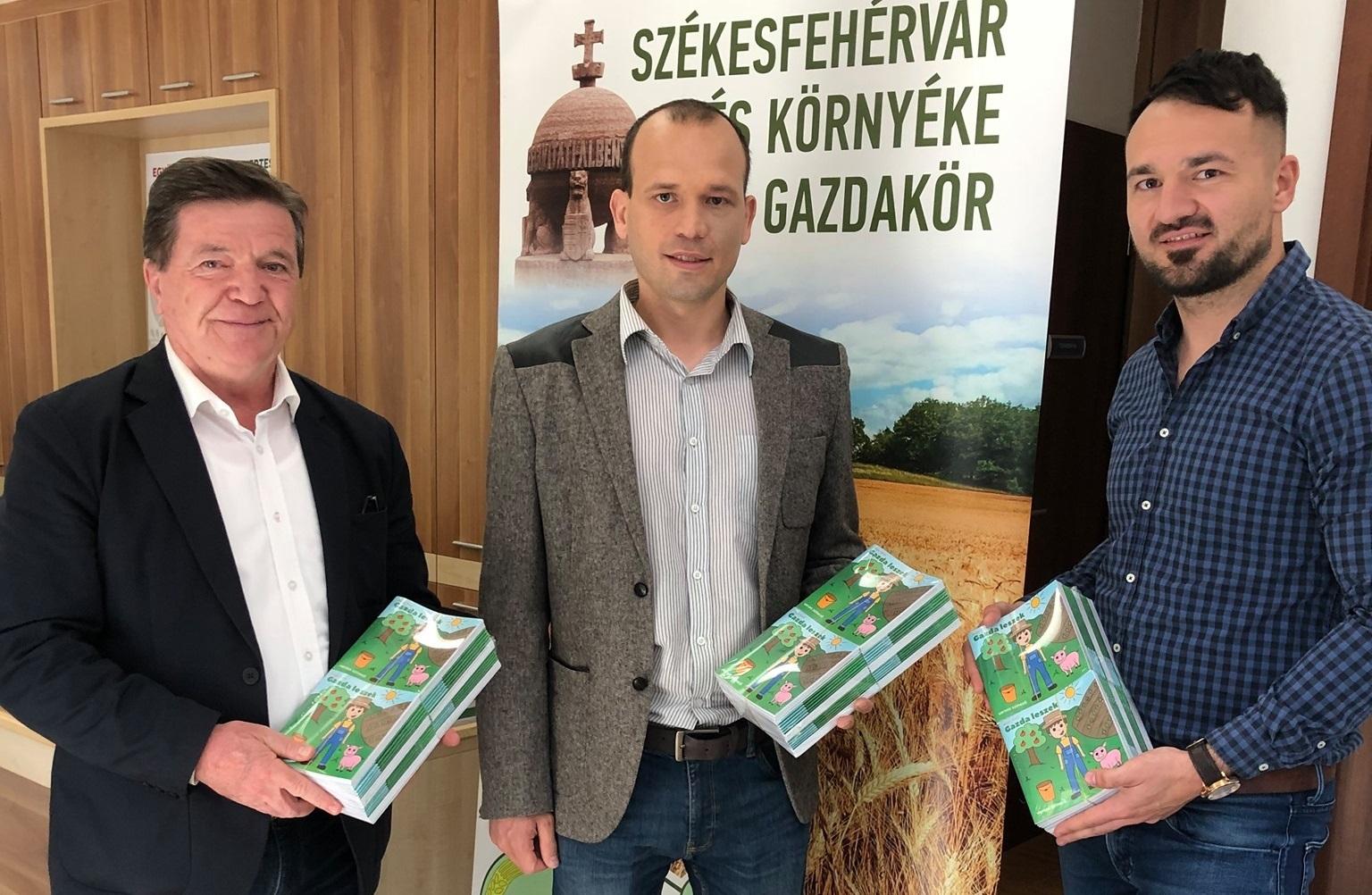 Már Kalocsán is elérhetőek a Gazda leszek kiadványok